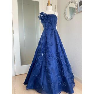 エメ(AIMER)の紺色 ネイビー ワンショルダー 花 ロングステージドレス(ロングドレス)