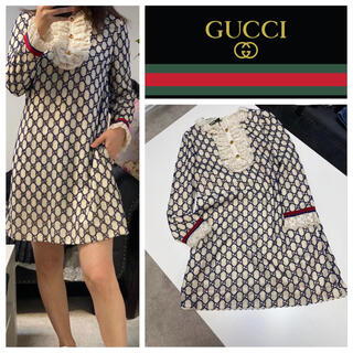 Gucci - GUCCI  ロゴ柄 フリルミニワンピース(コットン) IT40、44