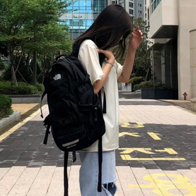 THE NORTH FACE(ザノースフェイス)のノースフェイス リュック ホットショット ブラック タグ付き 実物写真 メンズのバッグ(バッグパック/リュック)の商品写真