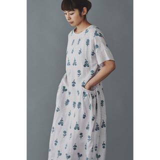 ミナペルホネン(mina perhonen)のミナペルホネン🧺ランドリー ドレス bonheur ピンク38【新品】(ロングワンピース/マキシワンピース)