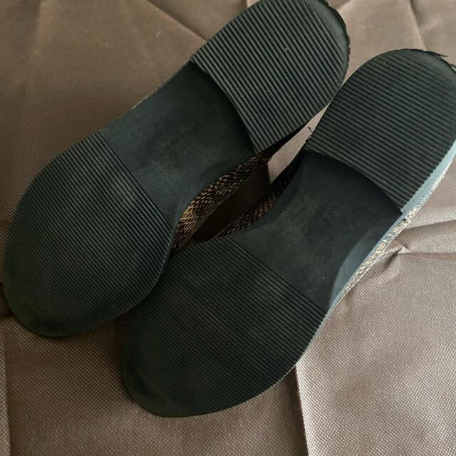 GU(ジーユー)のパイソン柄ブーツ レディースの靴/シューズ(ブーツ)の商品写真