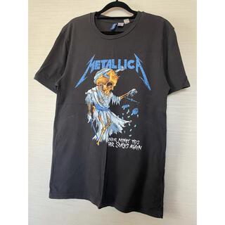 H&M - H&Mメンズ。METALLICA プリント ダメージ加工 Tシャツ。