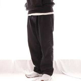 COMOLI - comfortable reason goofy reation ブラックデニム
