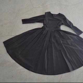 ヤエカ(YAECA)のfoufou THE DRESS #02 タックワンピース 黒 ブラック M(ロングワンピース/マキシワンピース)