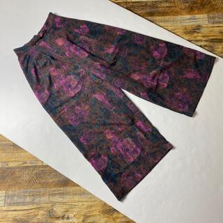 ローズバッド(ROSE BUD)のROSE BUD ローズバッド 総柄ワイドパンツ レディース古着ピンク紫パープル(カジュアルパンツ)