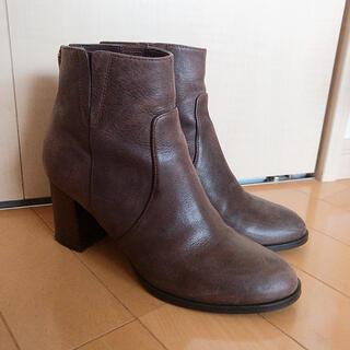 ダイアナ(DIANA)の美品 DIANA ダイアナ ショートブーツ ダークブラウン 23.5cm(ブーツ)
