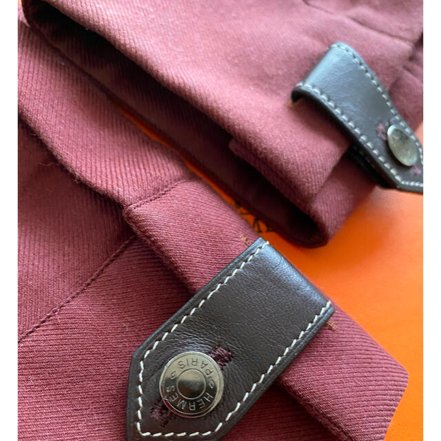 Hermes(エルメス)のHERMES セリアボタン レザーベルト シャツ メンズ メンズのトップス(シャツ)の商品写真