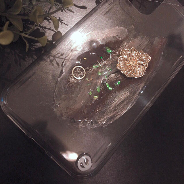 """ZARA(ザラ)の【""""O""""case.】ニュアンス iPhoneケース m-36【11専用】 スマホ/家電/カメラのスマホアクセサリー(iPhoneケース)の商品写真"""