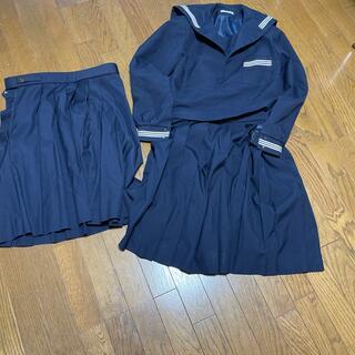、学校の制服です