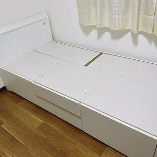 ニトリ(ニトリ)のニトリ収納ベッド(シングルベッド)