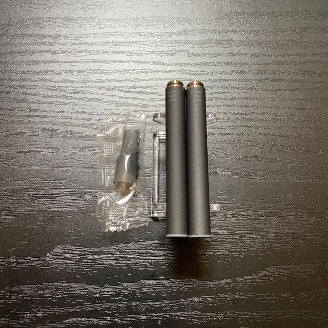 PloomTECH(プルームテック)のP1677番プルームテック 純正 バッテリー2本おまけマウスピース付きブラック メンズのファッション小物(タバコグッズ)の商品写真