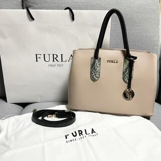 Furla - フルラ ハンドバッグ ピンクベージュ パイソン