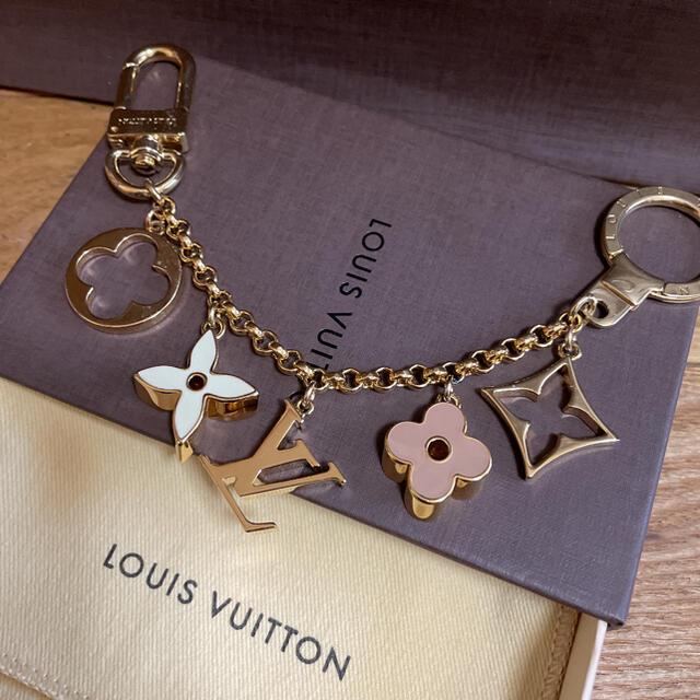 LOUIS VUITTON(ルイヴィトン)のルイヴィトン チャーム レディースのファッション小物(キーホルダー)の商品写真