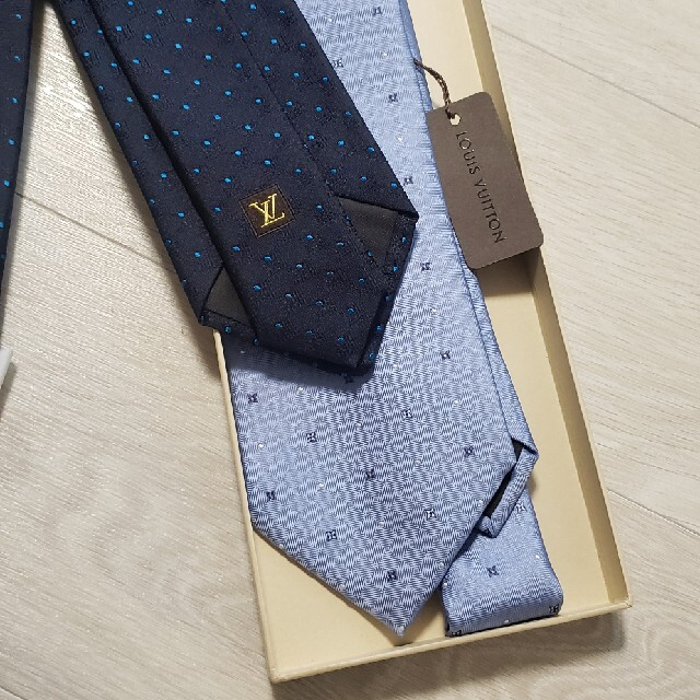 LOUIS VUITTON(ルイヴィトン)のSALE☆ネクタイ 2本セット ルイヴィトン メンズのファッション小物(ネクタイ)の商品写真