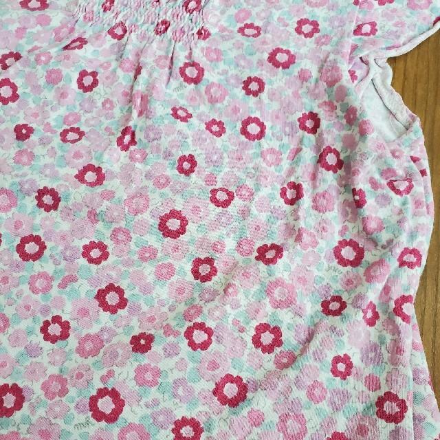 mikihouse(ミキハウス)のMIKIHOUSE小花柄半袖カットソー110☆ミキハウス キッズ/ベビー/マタニティのキッズ服女の子用(90cm~)(Tシャツ/カットソー)の商品写真
