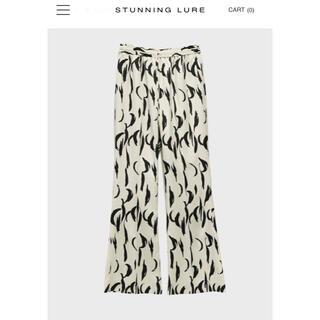 STUNNING LURE - スタニングルアー イージーフレアパンツ 白 サイズ2