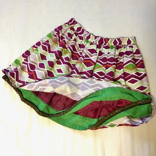 リリーブラウン(Lily Brown)のLily Brown  ビーズ刺繍縁どり フレアスカート M 未使用美品(ミニスカート)