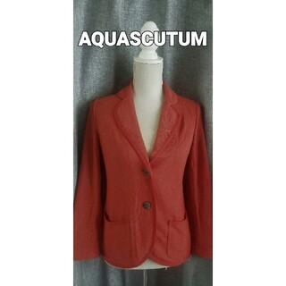アクアスキュータム(AQUA SCUTUM)の大変美品 AQUASCUTUM  綺麗なエンジの薄手ニットジャケット(テーラードジャケット)