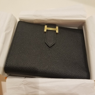 Hermes - べアンコンパクト 黒 ゴールド金具