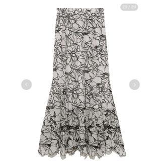 snidel - 《人気品切れ商品》カッティングレースマーメイドスカート