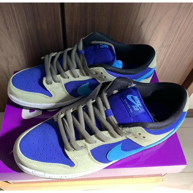 "NIKE(ナイキ)のNIKE SB DUNK LOW ""CELADON"" 28.5cm メンズの靴/シューズ(スニーカー)の商品写真"