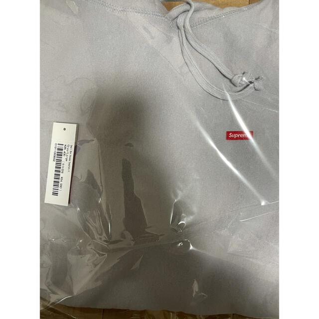 Supreme(シュプリーム)の21ss supreme Small Box Hooded Sweatshirt メンズのトップス(パーカー)の商品写真