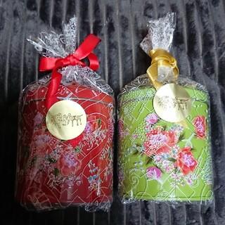 カルディ パイナップル風クッキー 客家柄缶 2個(菓子/デザート)