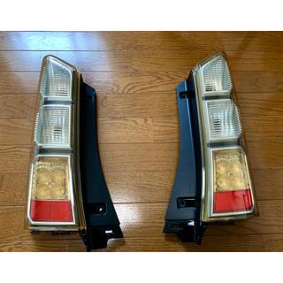 ホンダ - 新品✨ホンダ N BOX JF1/JF2 前期 純正テールランプ 左右セット