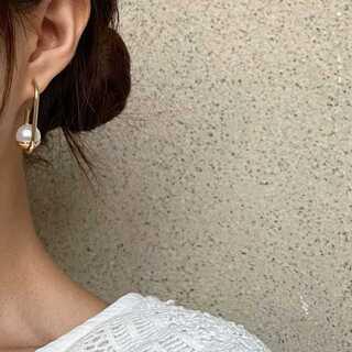 BEAUTY&YOUTH UNITED ARROWS - #799 import pierce : lighting pearl