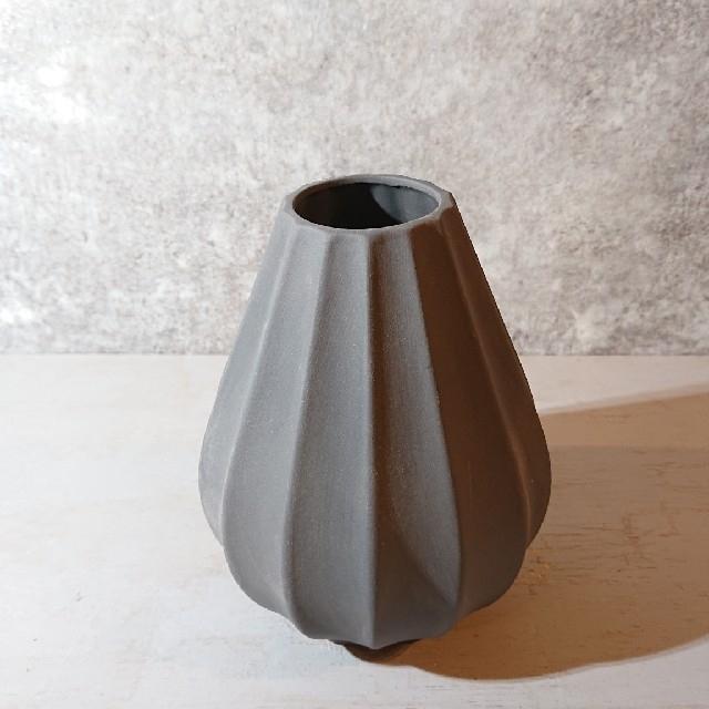 【1点新品】花器 陶器 一輪挿し 花瓶 グレー おしゃれ 北欧 インテリア/住まい/日用品のインテリア小物(花瓶)の商品写真
