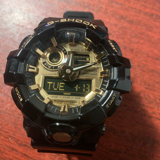 カシオ(CASIO)の【美品】G-SHOCK カシオ 腕時計 金黒 GA-710GB(腕時計(デジタル))
