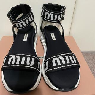 miumiu - 新品未使用 ミュウミュウ ロゴサンダル