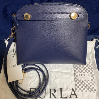 Furla - 【新品】FURLA(フルラ)パイパー レザーショルダーバッグ ネイビー