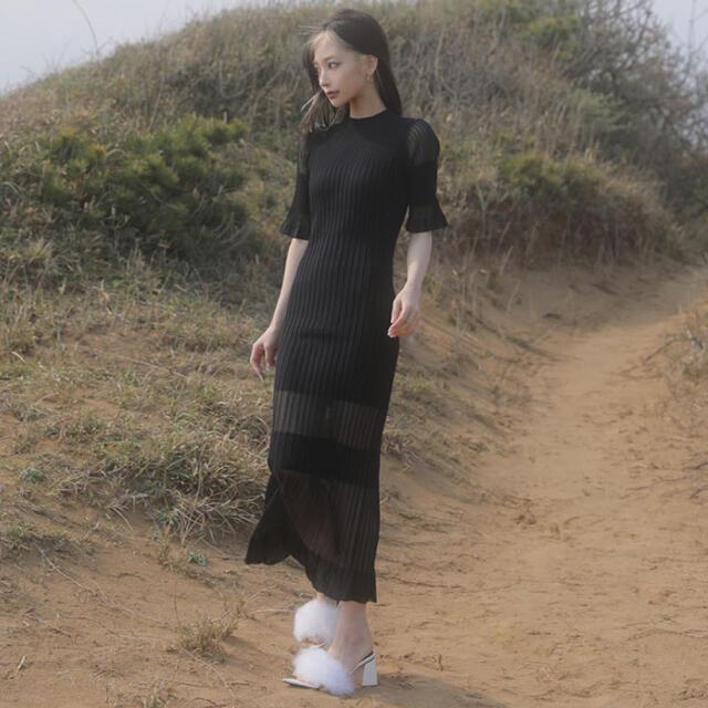Bubbles(バブルス)のmelt the lady コントラストニットドレス 黒 レディースのワンピース(ロングワンピース/マキシワンピース)の商品写真