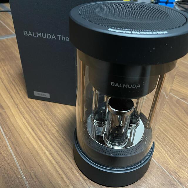BALMUDA(バルミューダ)のBALMUDA The Speaker(バルミューダ ザ・スピーカー) スマホ/家電/カメラのオーディオ機器(スピーカー)の商品写真