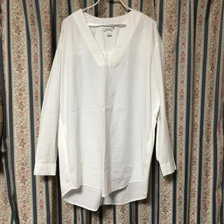 モンキ(Monki)のモンキ コクーンシルエットプルオーバーコットン白シャツ ブラウス S(シャツ/ブラウス(長袖/七分))