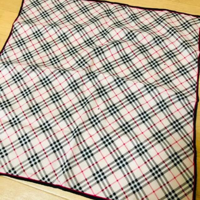 BURBERRY(バーバリー)のBurberry ハンドタオル ハンカチ レディースのファッション小物(ハンカチ)の商品写真