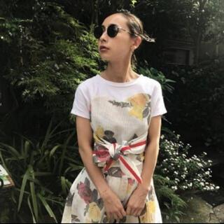 Ameri VINTAGE - アメリヴィンテージ メッシュ プリント Tシャツ
