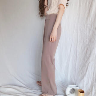 Mila Owen - スラックス