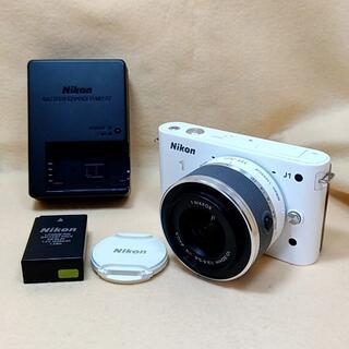Nikon - ミラーレス一眼カメラ Nikon 1 J1 標準ズームレンズ