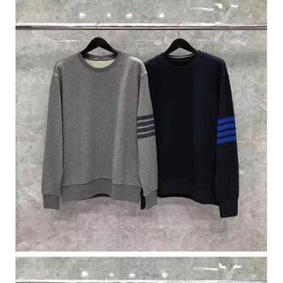 トムブラウン(THOM BROWNE)のThom Browne青とグレーのストライプのセーター(Tシャツ/カットソー(七分/長袖))