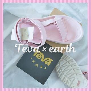 テバ(Teva)の【新品・箱入り】Teva×earth コラボサンダル❁cuteなベビーピンク M(サンダル)