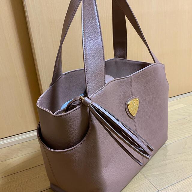 ATAO(アタオ)のアタオ バッグ レディースのバッグ(ハンドバッグ)の商品写真