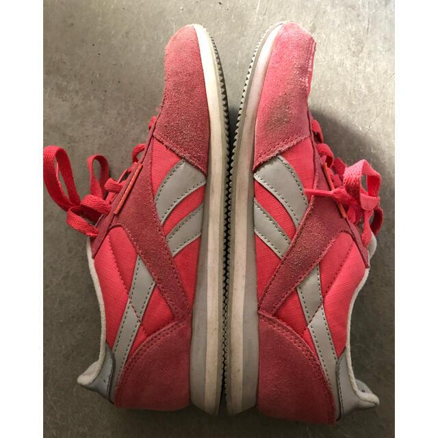 Reebok(リーボック)の値下げ!リーボック ⭕️スニーカー 25cm レディースの靴/シューズ(スニーカー)の商品写真