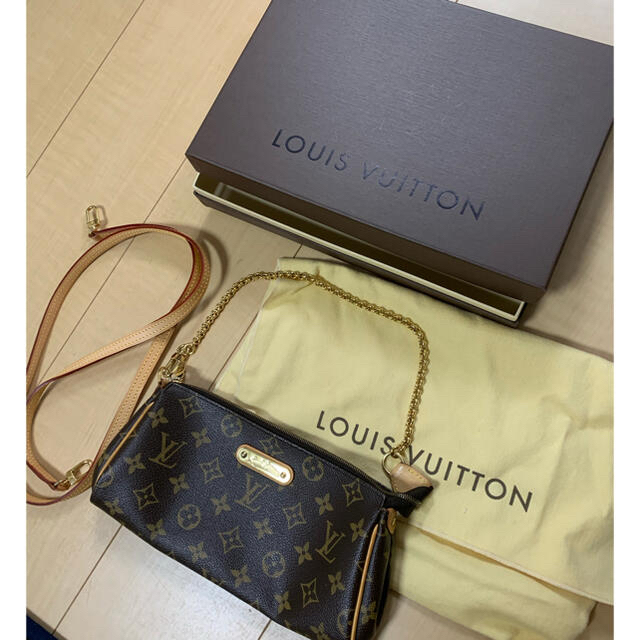 LOUIS VUITTON(ルイヴィトン)のみこ様申請あり出品 ルイヴィトンモノグラム エヴァ ショルダーバッグ レディースのバッグ(ショルダーバッグ)の商品写真