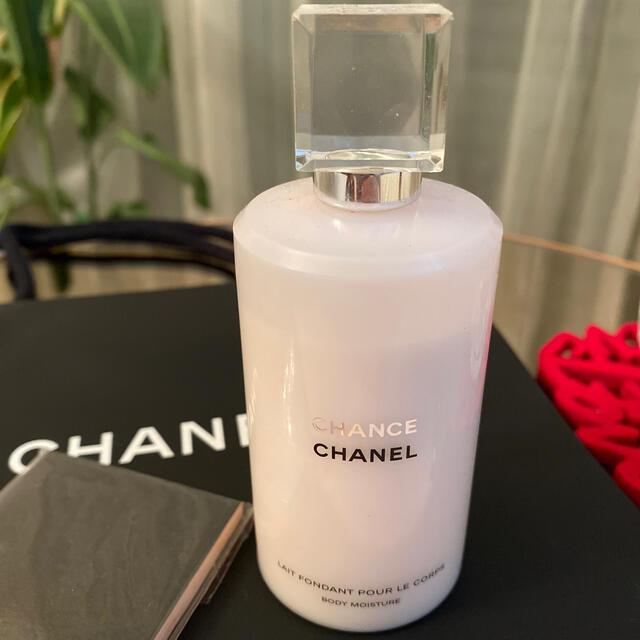 CHANEL(シャネル)のシャネルCHANEL チャンス ボディモイスチャー、油取り紙セット コスメ/美容のボディケア(ボディローション/ミルク)の商品写真