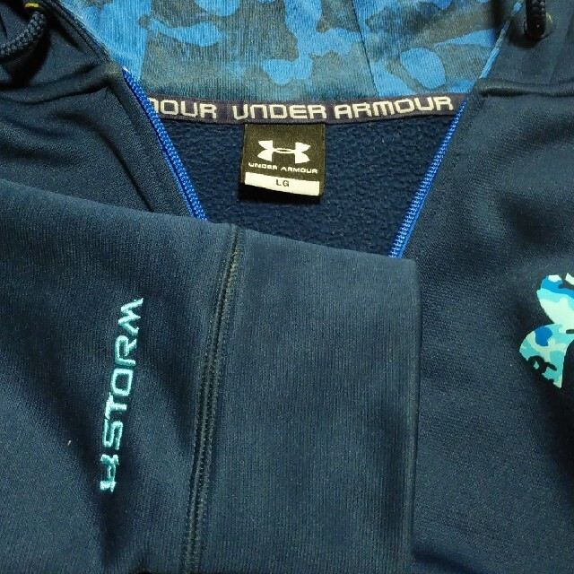 UNDER ARMOUR(アンダーアーマー)のアンダーアーマーSTORMのパーカー メンズのトップス(パーカー)の商品写真