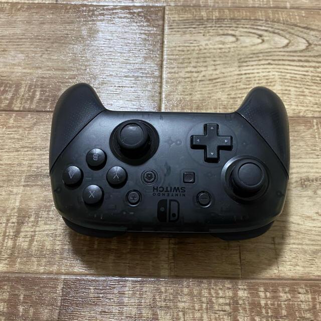 Nintendo Switch(ニンテンドースイッチ)のNintendo Switch Pro コントローラー エンタメ/ホビーのゲームソフト/ゲーム機本体(家庭用ゲーム機本体)の商品写真
