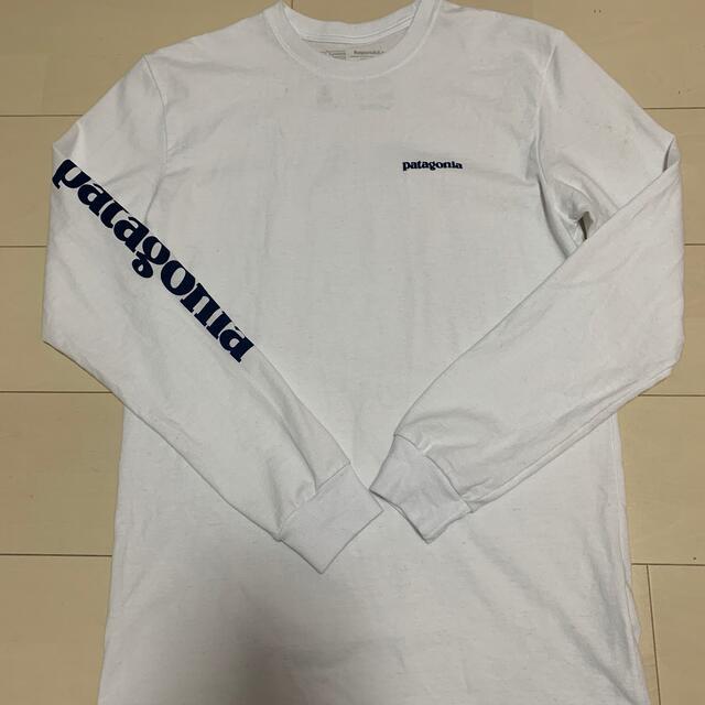 patagonia(パタゴニア)のPatagonia パタゴニア アームロゴ ロンT シンプル メンズのトップス(Tシャツ/カットソー(七分/長袖))の商品写真