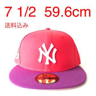 ニューエラー(NEW ERA)のツバ裏ピンク New Era Cap 1/2 ニューエラ ヤンキース キャップ(キャップ)